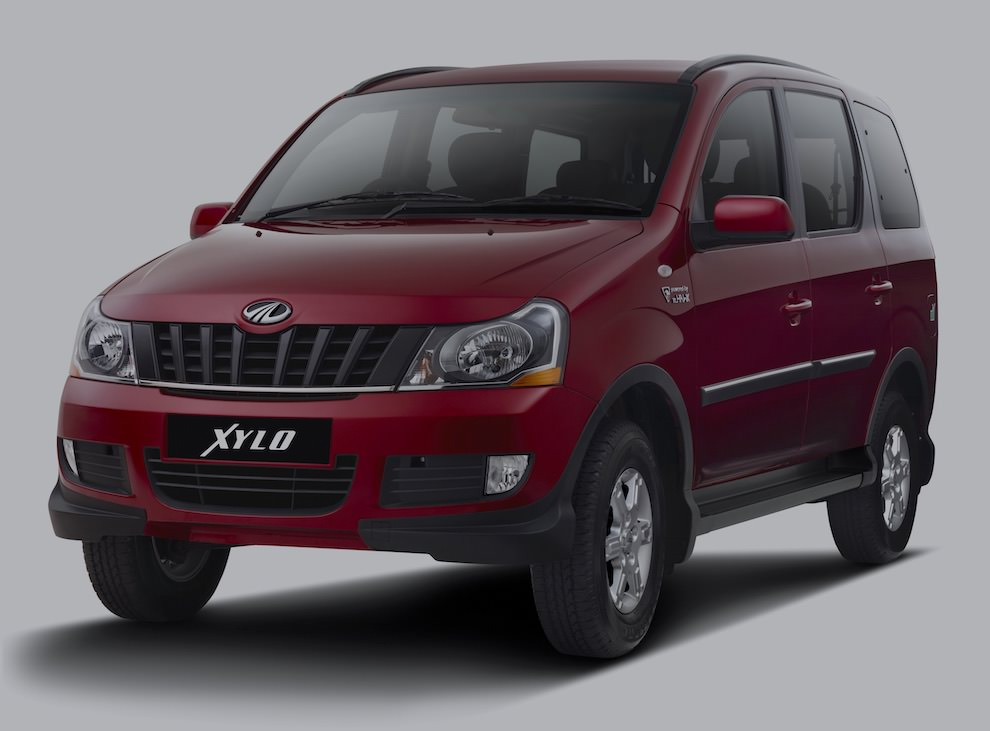 Mahindra Xylo on rent in Pune